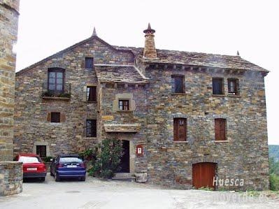 TURISMO VERDE HUESCA. Casa Coronas El Pueyo de Araguas